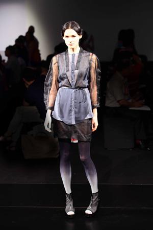 源自生活的獨特風格——專訪時裝設計師李明新