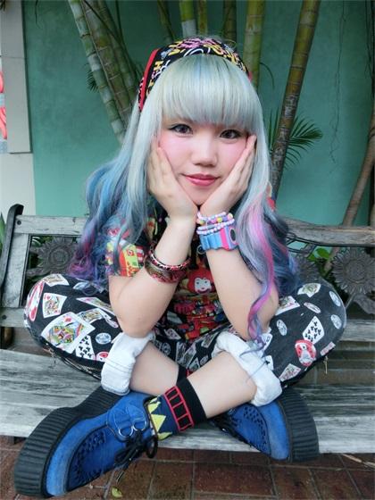童趣夢幻,夾雜瘋狂前衛的服裝設計師──Lalaismi Wai
