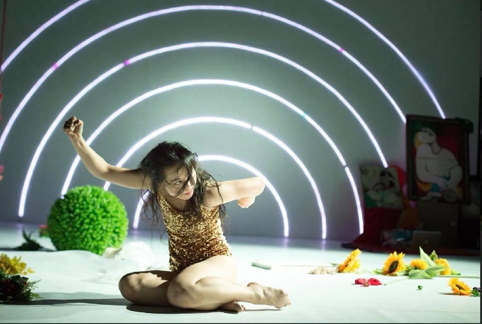 當下、沉澱再思考-專訪編舞家盧曉薇
